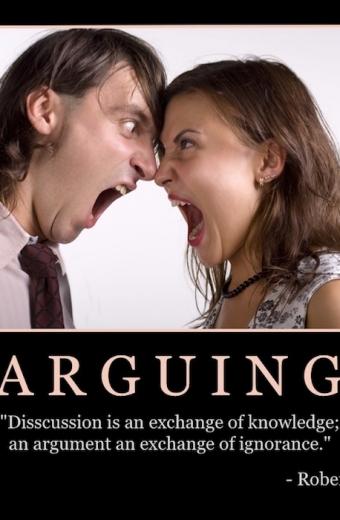 """Free """"Arguing"""" Wallpaper"""